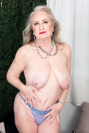 Old Pussy Saggy Tits